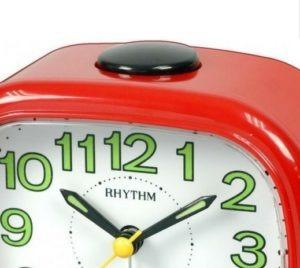 שעונים שולחניים ומעוררים
